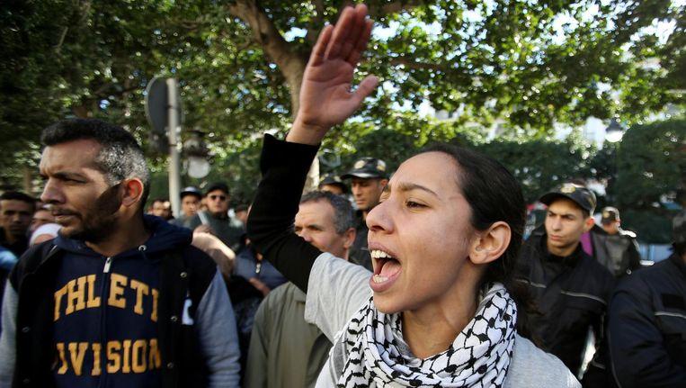 Demonstranten in Tunis. Beeld reuters