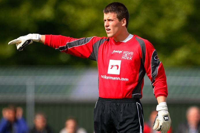 Jorg van Nieuwenhuijzen in september 2010, tijdens het duel in de topklasse tussen Hoek en Katwijk.