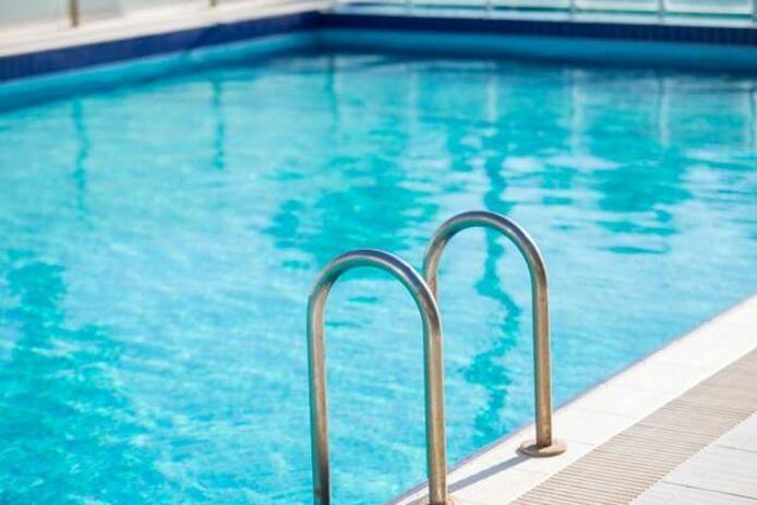 Votre propre piscine: quelle est sa consommation énergétique et comment pouvez-vous réduire les frais qui y sont liés?