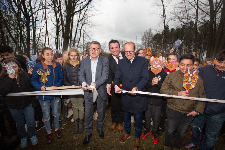 Ministers Van den Heuvel en Weyts starten samen met burgemeester Jan Dalemans het systeem