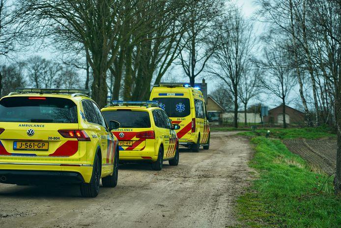 Ook de ambulance rukte uit.