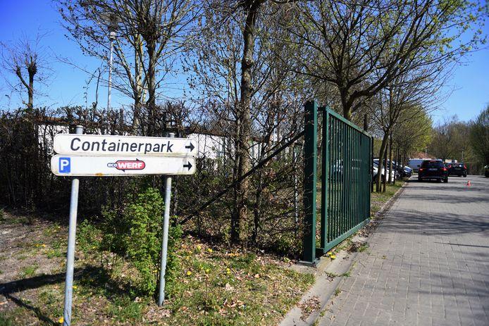 De twee verschaften zich na sluitingstijd toegang tot het containerpark.