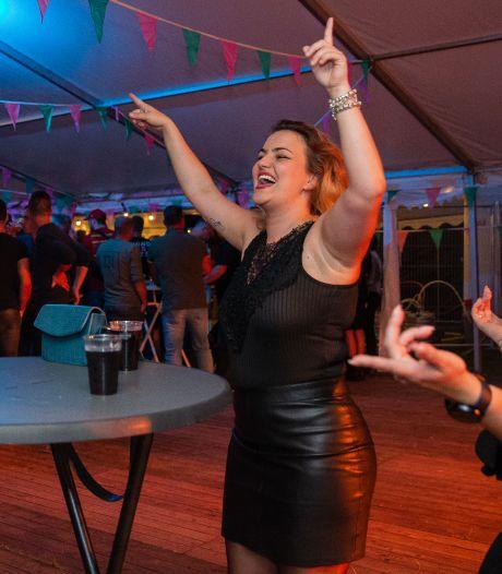 Van vaccinatiecentrum naar kermisfeest: 'We waren er zo aan toe om een feestje te vieren'