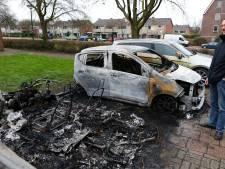 Veel leed door uitgebrande auto's in Hobbemastraat in Woerden: 'Ik had er lang voor gespaard'