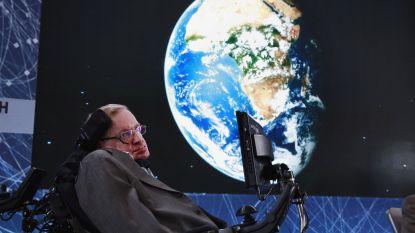Stephen Hawking wordt bijgezet vlak bij Isaac Newton en Charles Darwin
