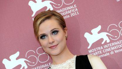 "Evan Rachel Wood geen fan van sheriff Hopper uit 'Stranger Things': ""Dit is niet sexy"""