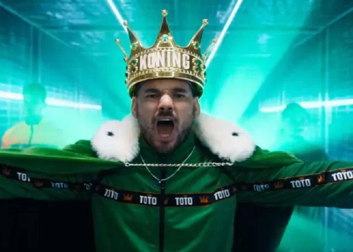 Wesley Sneijder als 'Koning Toto'.