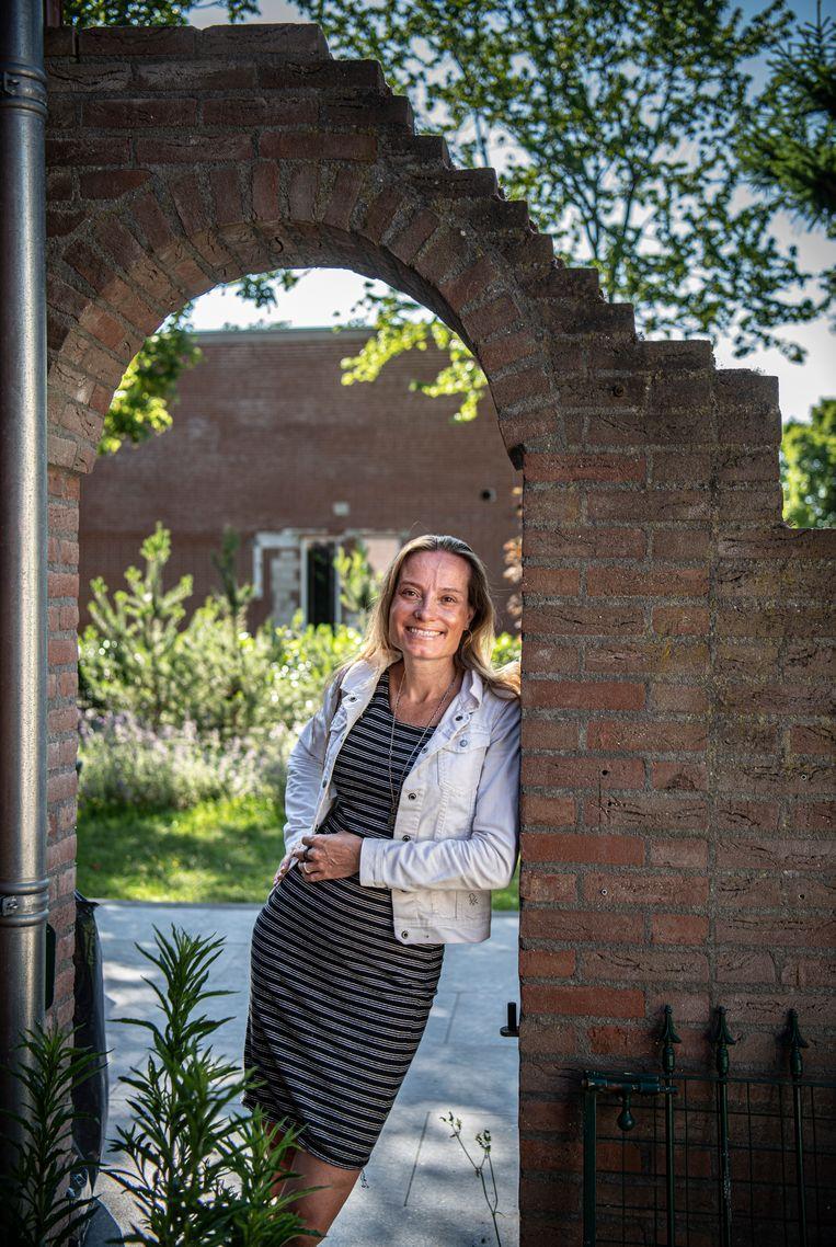 Wendy Kroeze, de 'bloemenvrouw'. Beeld Koen Verheijden