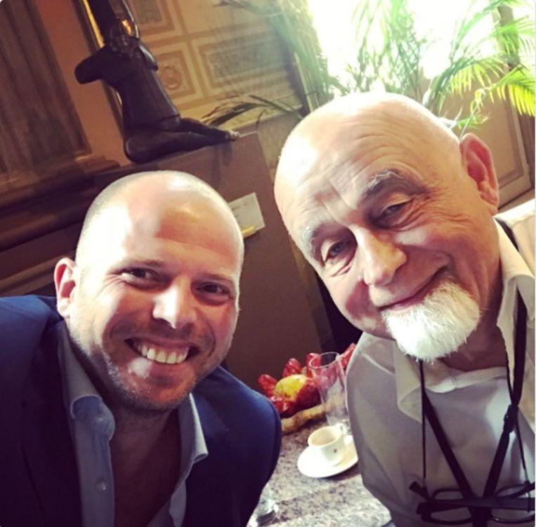 Alles terug koek en ei tussen Theo Francken en Jan Peumans? Zo blijkt toch uit deze selfie.