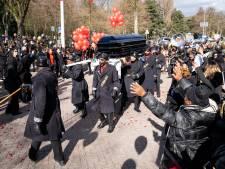Gemist? Indrukwekkend afscheid voor verongelukte influencer Jaysira en opnieuw demonstratie tegen 'anti-homo-predikant'