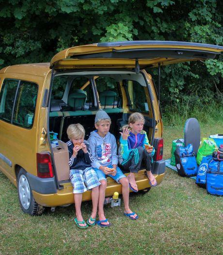 Zo prop je het handigst alle vakantiebagage in je auto: inpakken en wegwezen
