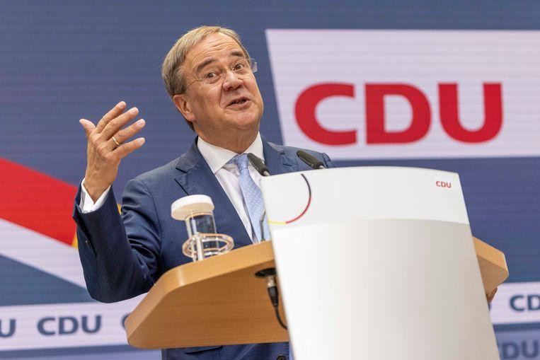 Armin Laschet tijdens een persconferentie maandag. Beeld EPA
