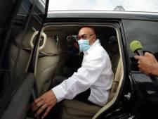 Na twee vragen van de Krijgsraad beroept Bouterse zich op zwijgrecht