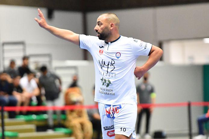 Amar Zouggaghi woog op de defensie van Halle-Gooik.