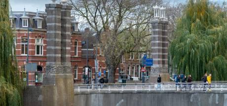 Jumbo City schrapt goedkoop bier om overlastgevers bij Bossche Wilhelminabrug aan te pakken