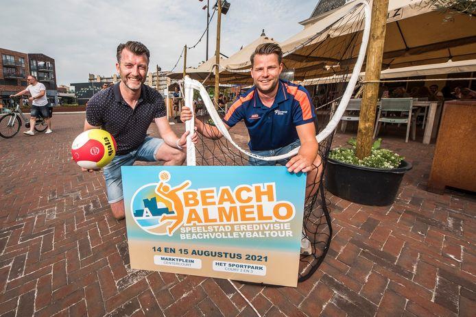 Niels Mulder en Sander ten Tusscher  zijn er al klaar voor. Beach Almelo moet in augustus een knaller worden.