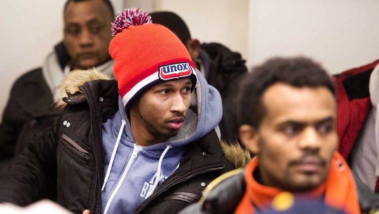 Belangstellenden op de publieke tribune in de rechtbank tijdens het kort geding tegen de ontruiming van de Vluchtgarage in Amsterdam-Zuidoost. Beeld anp