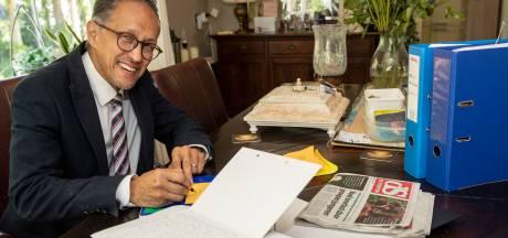 Geliefde krantenbezorger Sander (66) uit Eefde stopt, tot verdriet van veel abonnees: 'Krijg al tientallen brieven'
