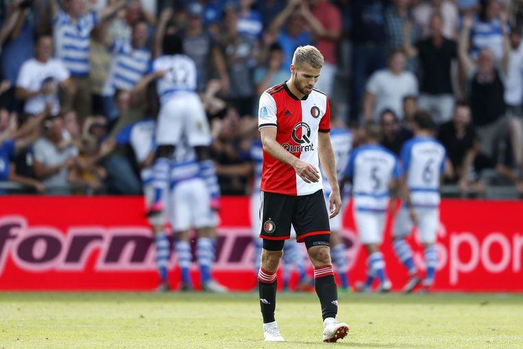 Bart Nieuwkoop van Feyenoord druipt af na de verloren wedstrijd tegen De Graafschap. Beeld ANP Pro Shots
