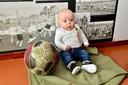Raavi de Heij is het jongste lid van DONK. Hij is geboren op 21 januari .
