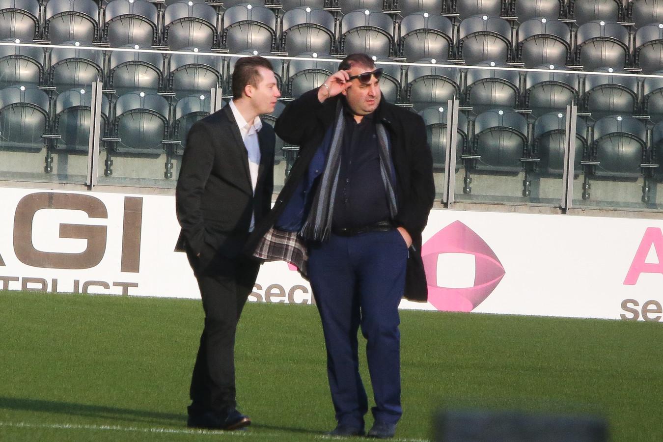 Salar Azimi kwam gisteren alvast het stadion inspecteren.