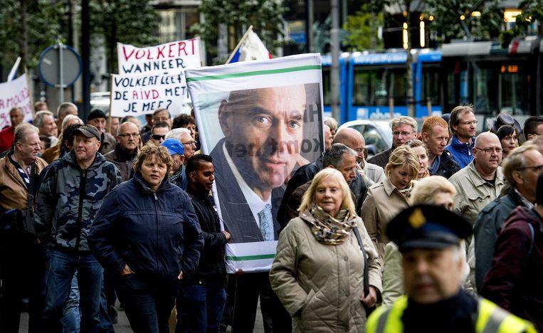 Deelnemers aan de demonstratie tegen de strafkorting van de moordenaar van Pim Fortuyn, Volkert van der G. Beeld ANP