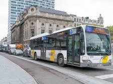 """Antwerpse buschauffeurs boos over """"barslechte"""" verkeerssituatie Rooseveltplaats: """"We worden er weggepest"""""""