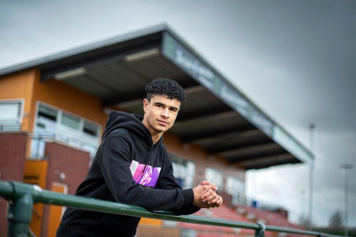 Arnhem, 29 januari 2020. Voetballer Joël Libiana, Arnhemse Boys, op Sportpark Schuytgraaf . Foto: Gerard Burgers