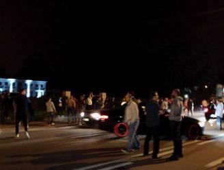 Aanhangers van Turkse AK Partij bestormen vzw in Beringen, geweldloze actie bij ambassade in Brussel