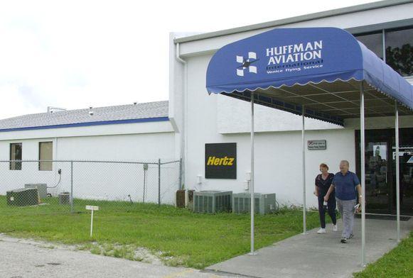 Verschillende kapers namen in de maanden voor de aanslagen van 11 september 2001 vlieglessen bij vliegscholen in de Verenigde Staten, onder meer bij 'Huffman Aviation' in Venice in de staat Florida.