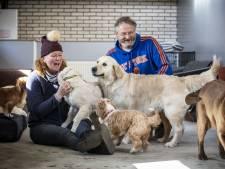 De droombaan van Carole en Bert uit Weerselo: 'Hondenhokken schoonmaken, poep opruimen. Heerlijk'