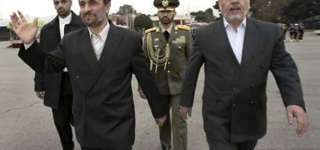 """L'Iran simule l'attaque d'une """"base étrangère"""""""