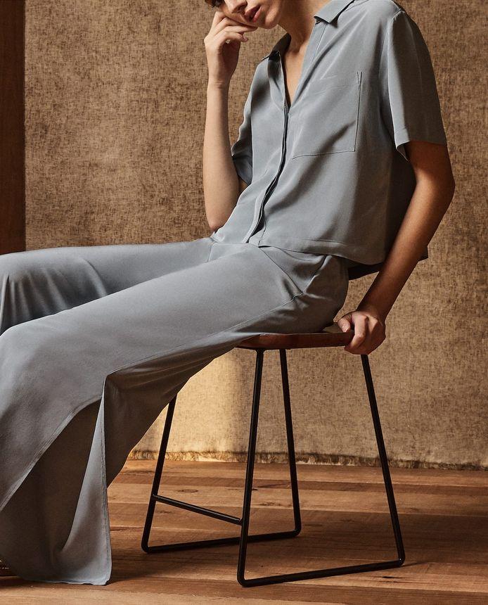 Zara: Haut - 35,99 euros. Bas - 35,99 euros.
