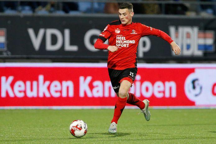 Kay van der Vorst in actie namens Helmond Sport, inmiddels heeft hij de club verlaten