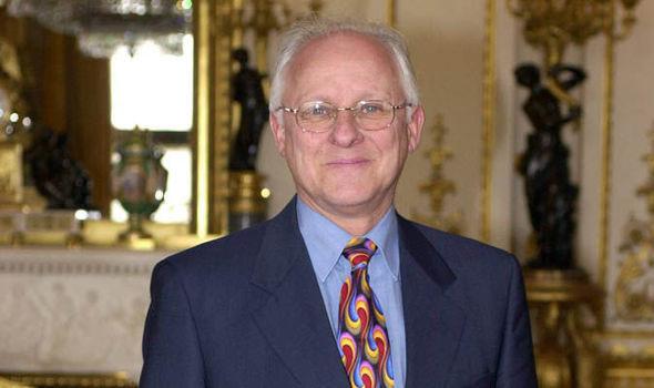 Dickie Arbiter, de jarenlange woordvoerder van de Queen.