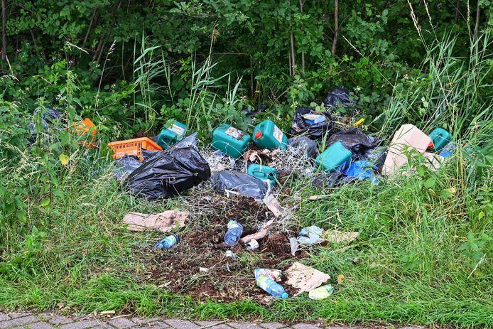 Drugsafval gedumpt in Etten-Leur.