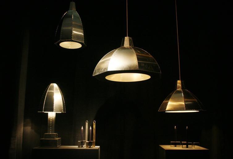 Uit de serie Cut and Paste van Kiki van Eijkfoto's Irene Wouters ;De stalen lampen en kandelaars van Joost van Bleiswijk.