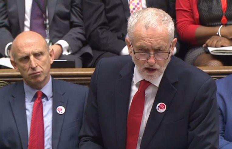 Labour-leider Jeremy Corbyn spreekt in het Lagerhuis, 28 juni 2017.  Beeld AFP