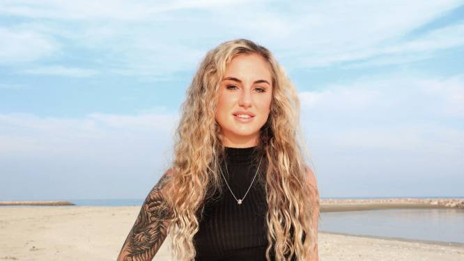 """'Temptation'-Rosanna verdient hopen geld via OnlyFans: """"Ze willen mijn tampons kopen voor 800 euro"""""""