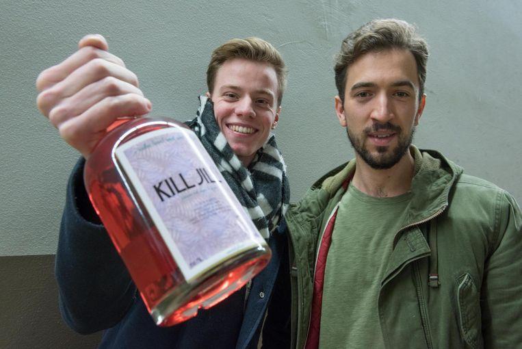 Guillaume en Michiel met hun Kill Jill.