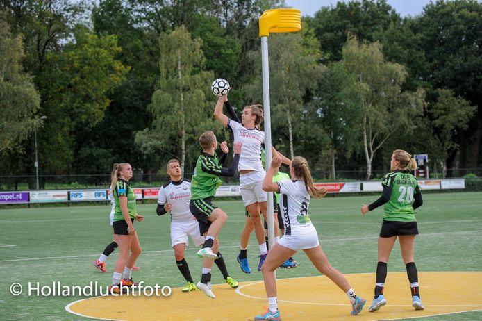 De Meeuwen tegen Drachten, maar dan de editie van vorig seizoen in oktober.
