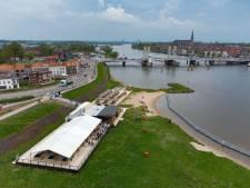 Veelbesproken paviljoen in Kampen is geopend: 'hartenwens' van de burgemeester komt uit