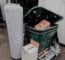 Een deel van de spullen aan de garagebox.