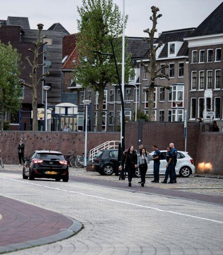 Waalkade verder op slot in strijd tegen overlast: 'Na anderhalf jaar terreur van hangjeugd is nu de rust wedergekeerd'