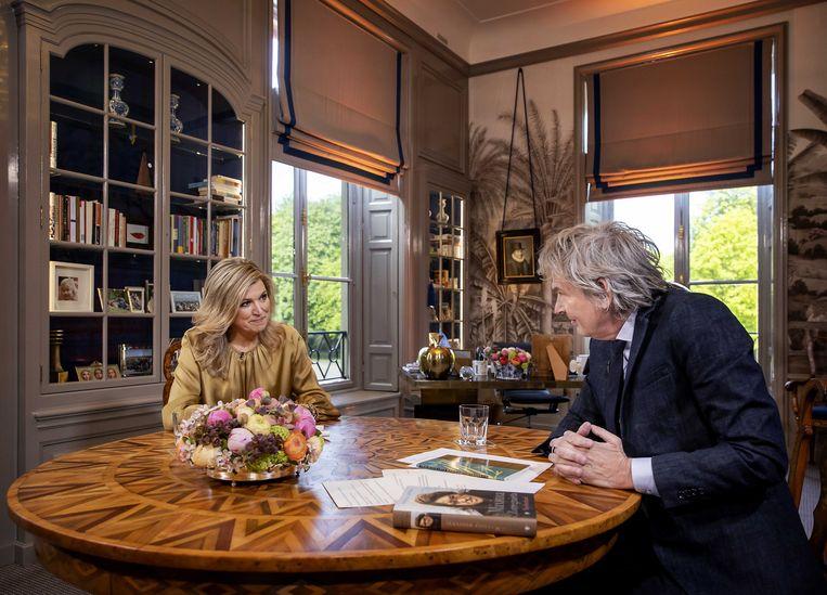 Koningin Máxima tijdens het interview met Matthijs van Nieuwkerk. Beeld ANP