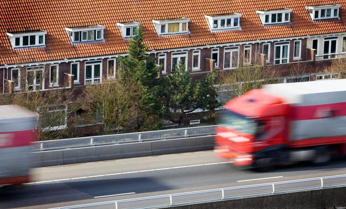 Uitstoot van verkeer is een van de oorzaken van smogvorming.