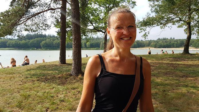 Mariska van der Vaart uit Epe op het Heerderstrand.
