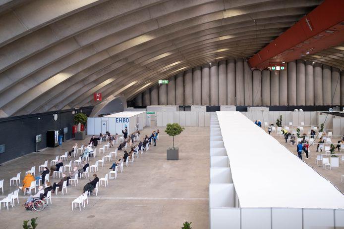 Eerstelijnszone Mechelen-Katelijne organiseert een 'open prikdag' in de Nekkerhal.