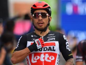 Ewan schiet na verraderlijke finale met veel overmacht voor een tweede keer raak in Giro, Merlier is derde