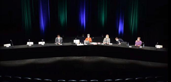 Onze conseillers et membres du collège étaient absents lors du conseil communal spécial convoqué en urgence ce mercredi.